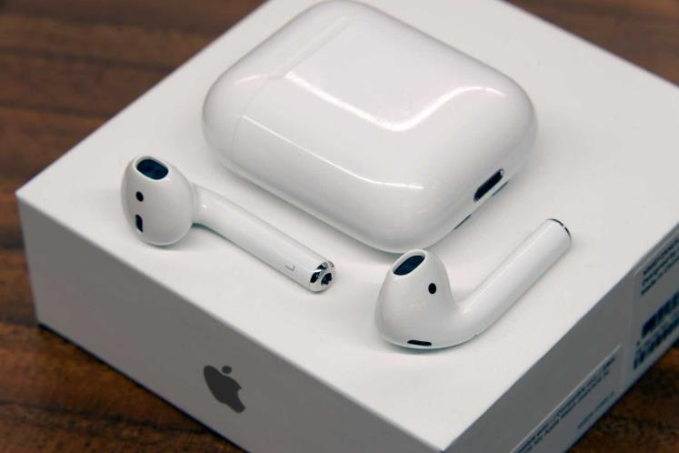 Air Pods - Apple AirPods with Charging Case
