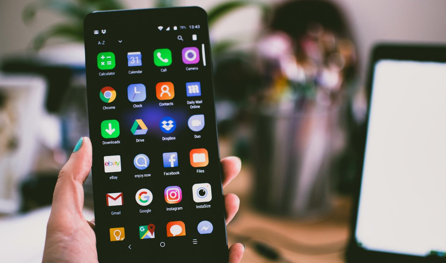 Best Android Phones Under $300